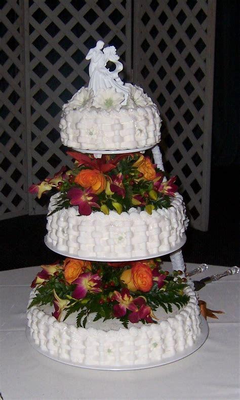 Basket weave wedding cake   Cakes   Pinterest