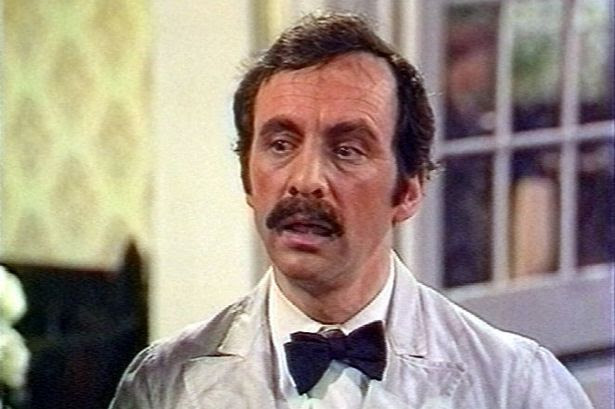 img ANDREW SACHS, Actor