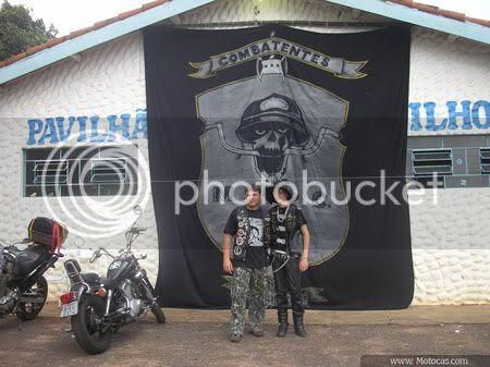 foto Bandeira Oficial do Moto Clube Combatentes de Itaí, SP