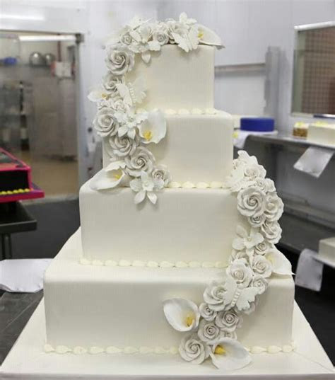 17 Best images about Cake Boss on Pinterest   Cake boss