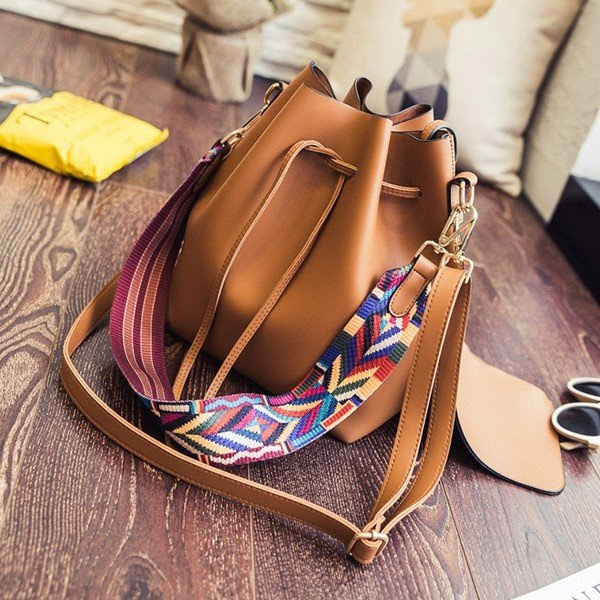 Woman PU Rainbow Strap Shoulder Bag Tassel Tote Bag Crossbody Bag