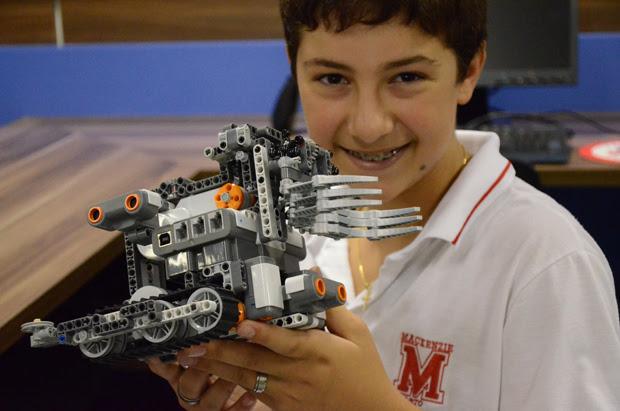 Joaquim Silveira ,14 anos, participou da equipe que desenvolveu o Avenger (Foto: Arquivo Pessoal)