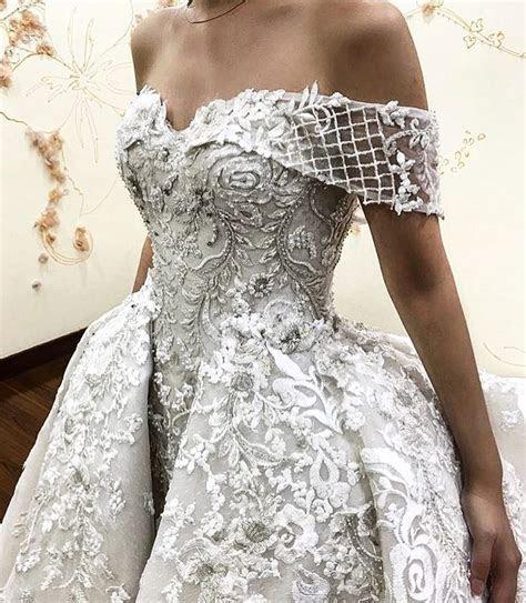 Best 25  Off white dresses ideas on Pinterest   Classic