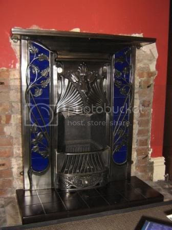 Photo by Rullsenberg: Toulouse fireplace