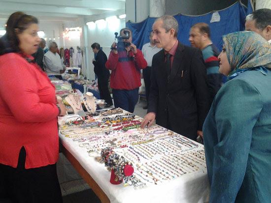افتتاح معرض عيد الأم (1)