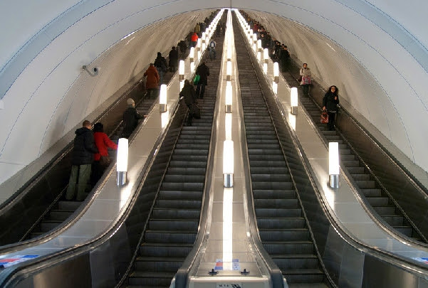 """Результат пошуку зображень за запитом """"найглибша станція метро в світі"""""""