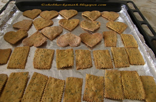 Methi Crispies