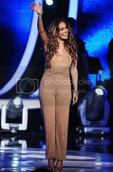 Jennifer Lopez's American Idol Season Finale Outfit