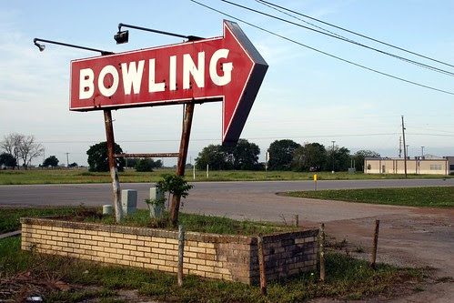 bowling neon sign in sealy