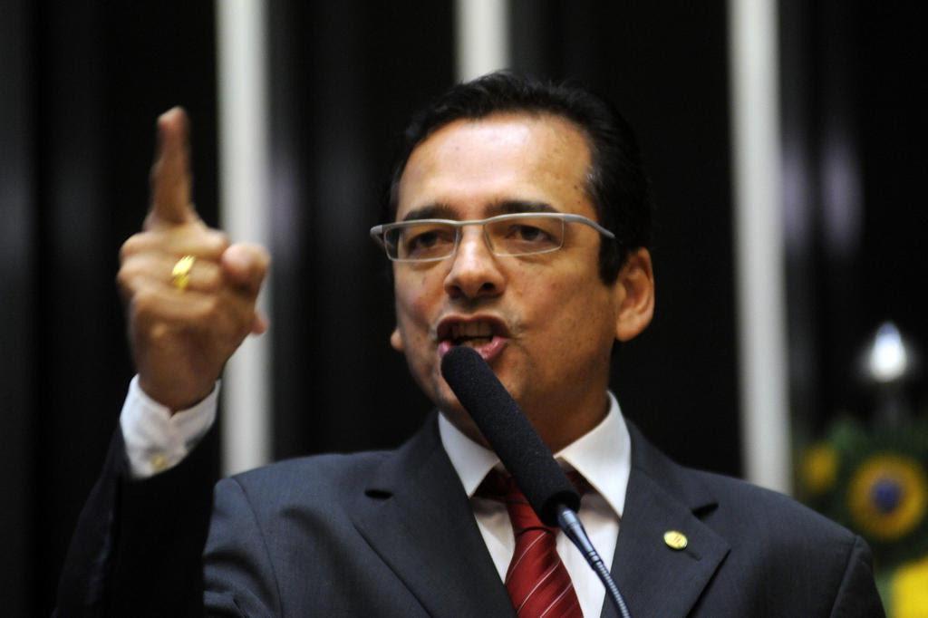Justiça decreta a prisão do ex-delegado da PF Protógenes Queiroz