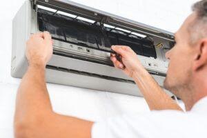air-conditioner-repair-1-300x200.jpg