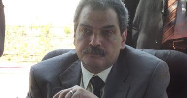 الدكتور مصطفى حسين كامل وزير الدولة لشئون