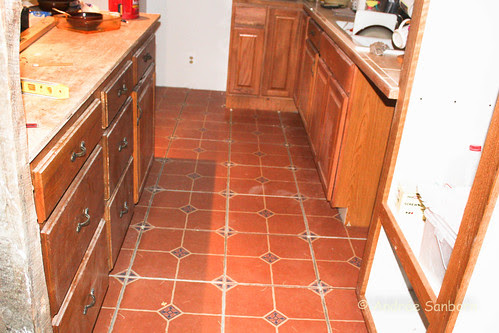 Laying Kitchen Floor (5 of 5).jpg
