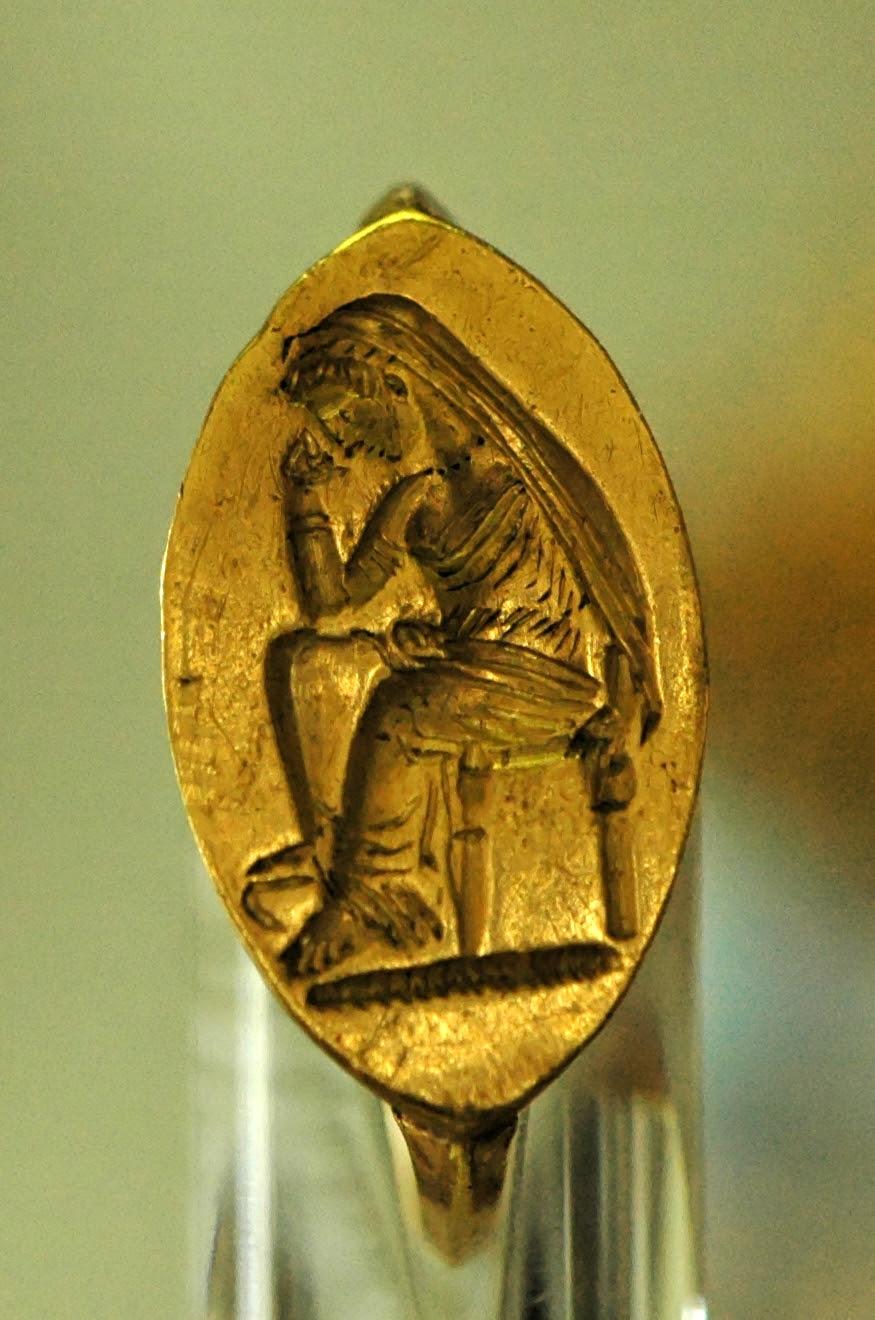 http://upload.wikimedia.org/wikipedia/commons/5/59/Ring_Penelope_CdM_Luynes_515.jpg