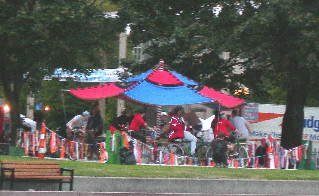 2007-08-31 Bumbershoot Carousel