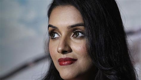 Asin Thottumkal   Latest News on Asin Thottumkal   Read