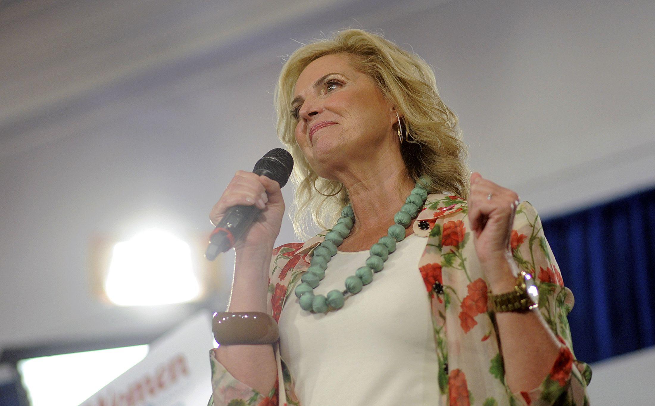 10_09_Ann_Romney_01