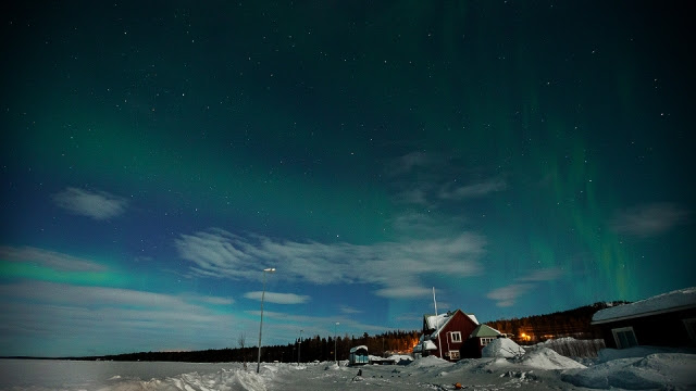 not so strong northern lights were seen in Porjus