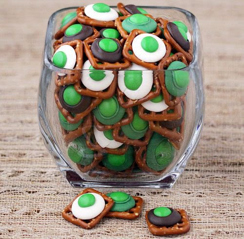Office Friendly St Patricks Day Ideas