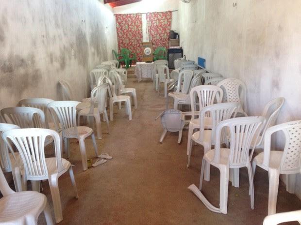 Tiroteio ocorreu dentro de Igreja Pentecostal. Trinta pessoas participavam do culto (Foto: Gislene Carneiro/G1 Ceará)