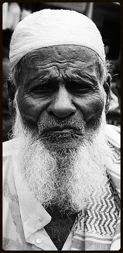 The Muslim Beggars of Bandra by firoze shakir photographerno1