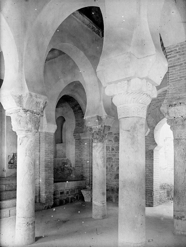 Mezquita del Cristo de la Luz en los años 20. Fotografía de Otto Wünderlich. © Fototeca del Patrimonio Histórico