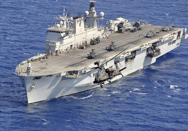 Resultado de imagem para Marinha decide comprar navio de ataque por R$ 350 milhões