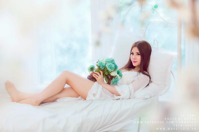 Hot girl Tú Yumi khoe ngực khủng gây kích thích 5