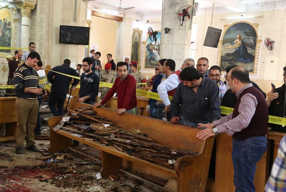 Igreja copta que foi alvo de ataque em Tanta, no Egito, neste domingo (9) (Foto: Stringer / France Presse)