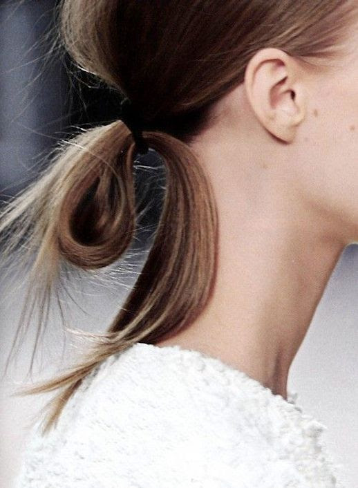 Le Fashion Blog Three Minimal White Looks Spring Summer Style Looped Ponytail Hair Inspiration Textured White Knit Sweater Via Studded Hearts photo Le-Fashion-Blog-Three-Minimal-White-Looks-Spring-Summer-Style-Looped-Ponytail-Via-Studded-Hearts.jpg