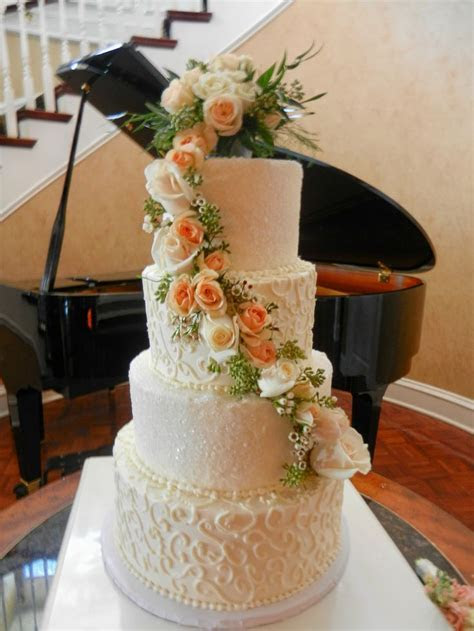 92 best Classic Wedding Cakes images on Pinterest