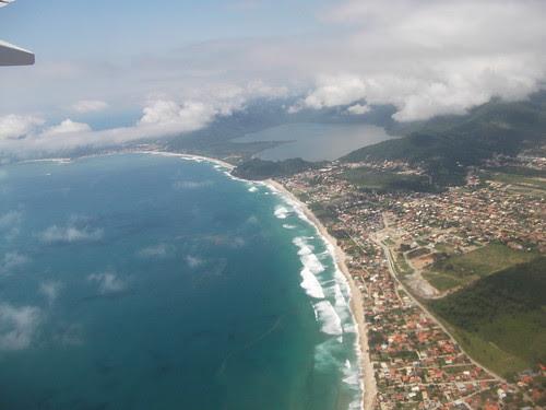 Vista aérea da praia do Campeche em Florianópolis-SC (2010). Foto: Santiago Siqueira/www.santigo.pro.br by santiago_pro_br