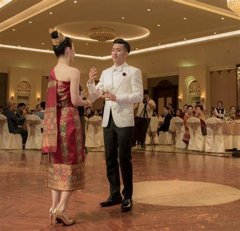 Laos Wedding   an insight on Lao traditions and customs