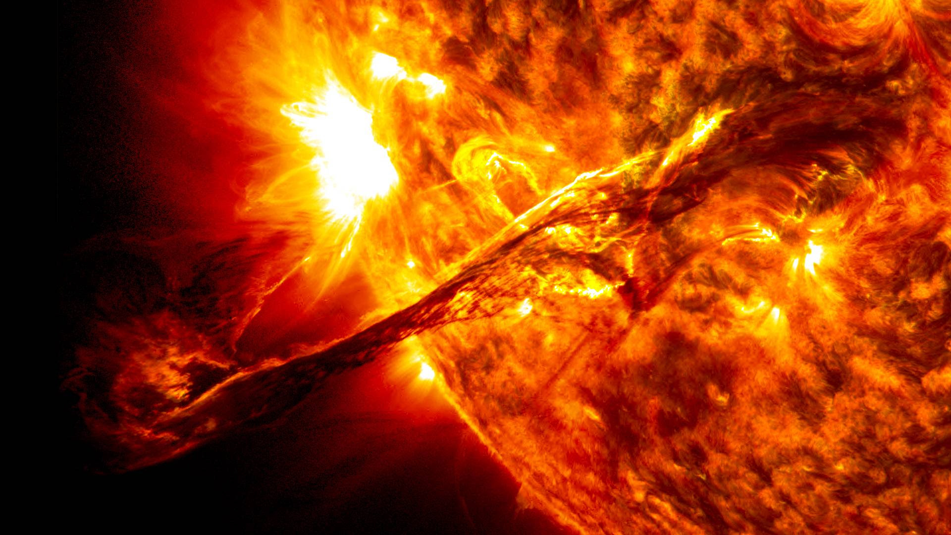 Solar Flare Wallpapers - Wallpaper Cave