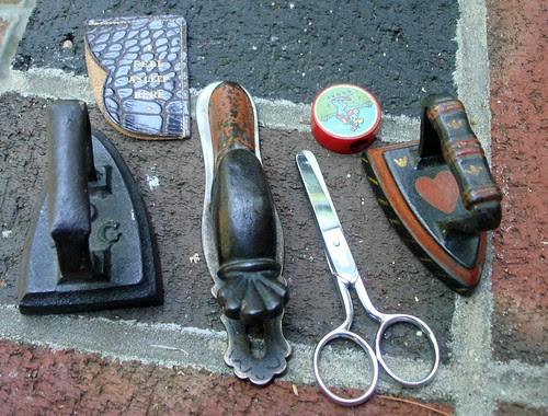 Important Items by midgefrazel