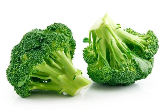 photo two-heads-of-broccoli_zpskjhakpox.jpg
