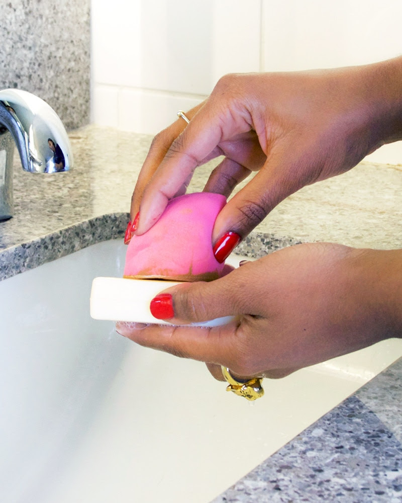 How to Clean Your Makeup Sponge—the Cheap & Easy Way   E! News