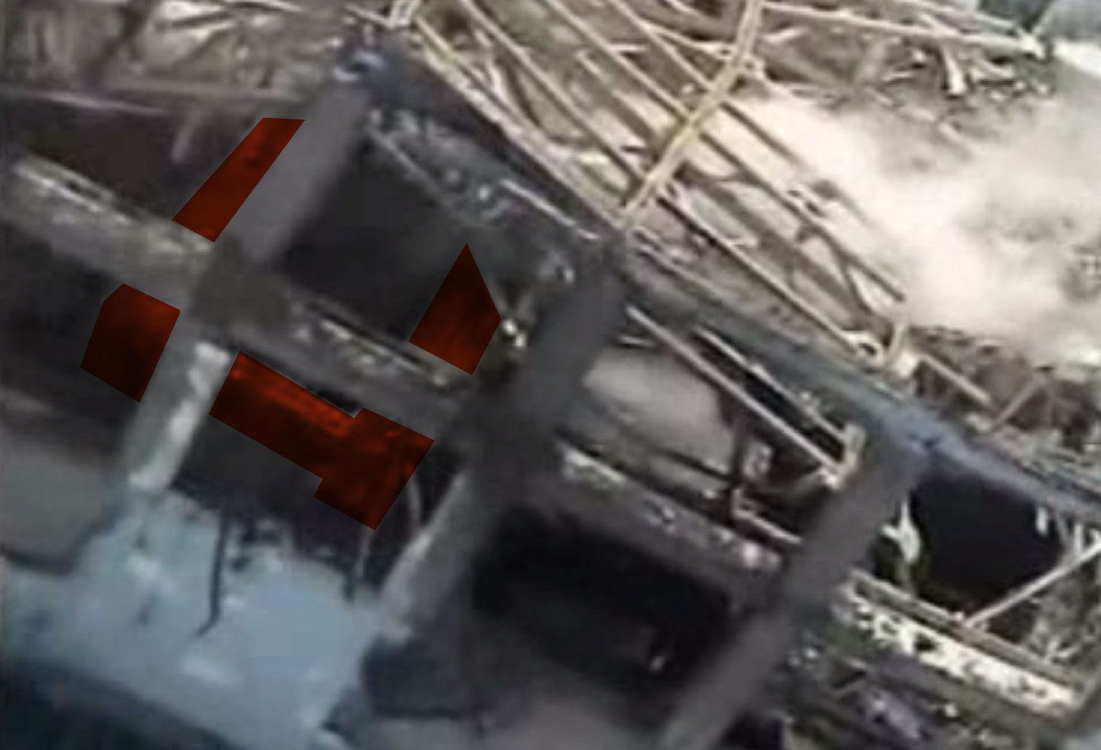 Fig. 78 : Vision du pont roulant côté ouest après l'explosion