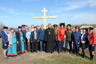 Татарские мусульмане протестуют против казачьего центра в Булгаре