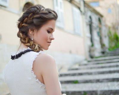pettinature particolari capelli lunghi - Acconciature per invitati matrimonio capelli lunghi o corti fai da te