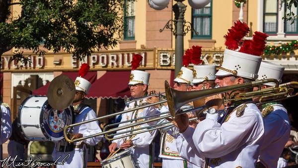 Disneyland Resort, Disneyland, Main Street U.S.A., Christmas, Christmas Time, Band