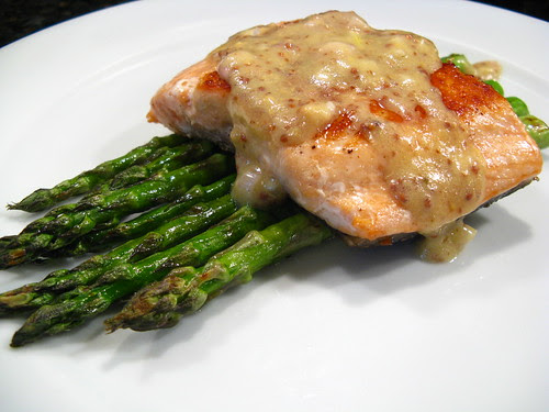 Pan-fried salmon with mustard vinaigrette