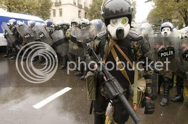 http://i602.photobucket.com/albums/tt105/SethGodbey/tbilisi_police.jpg
