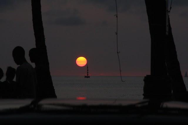 waikiki sunset, christmas 2010