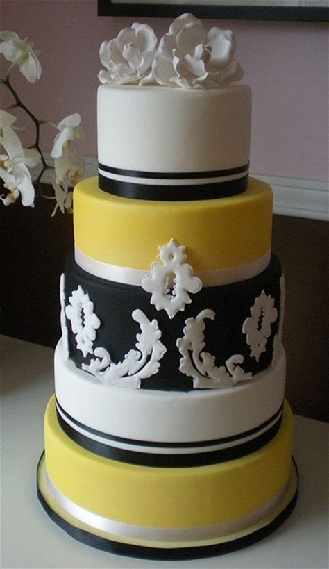 Black, white, and yellow damask wedding cake. So cute, and