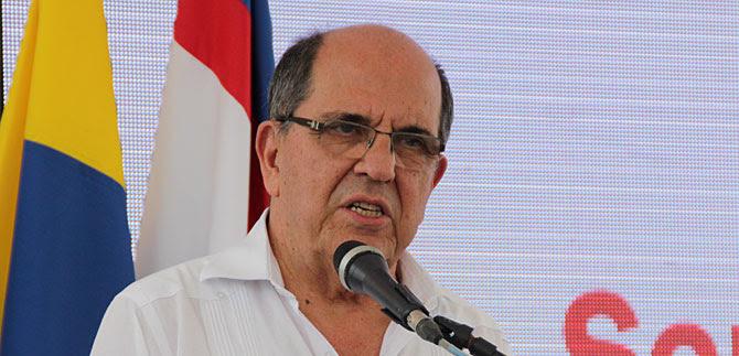 Alcalde Guerrero participará en Inglaterra en foro mundial con varios nobeles