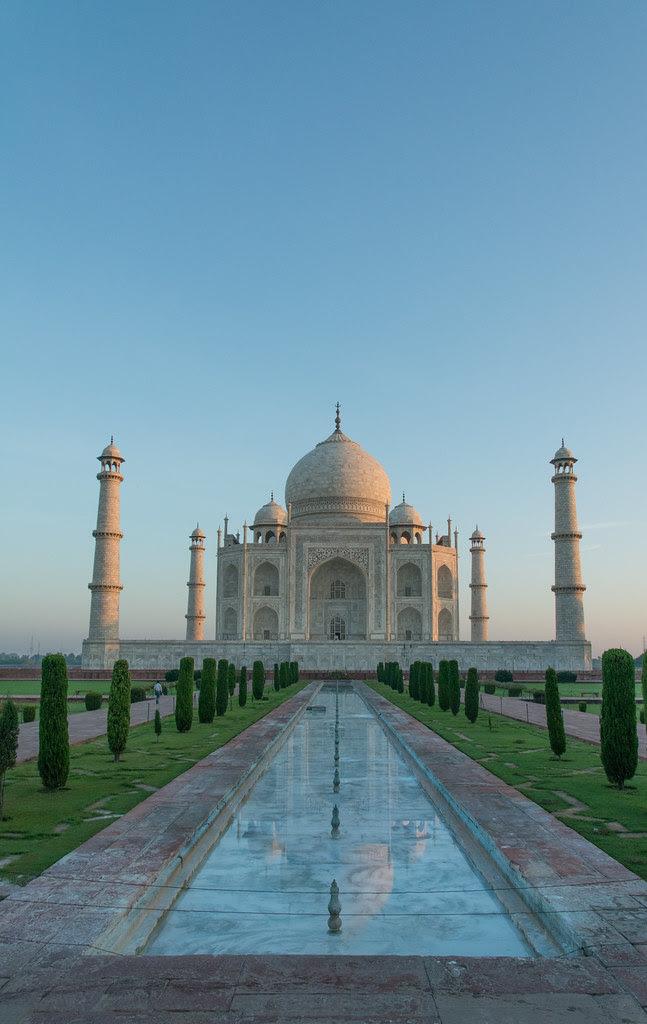 Beautiful Taj Mahal At Sunrise