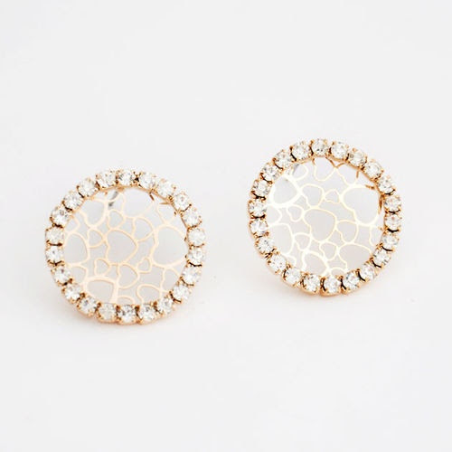 Korean Style Fashion Rhinestone Circle Heart Stud Earrings wholesale (earrings,rhinestone,jewelry,fashion,circle)