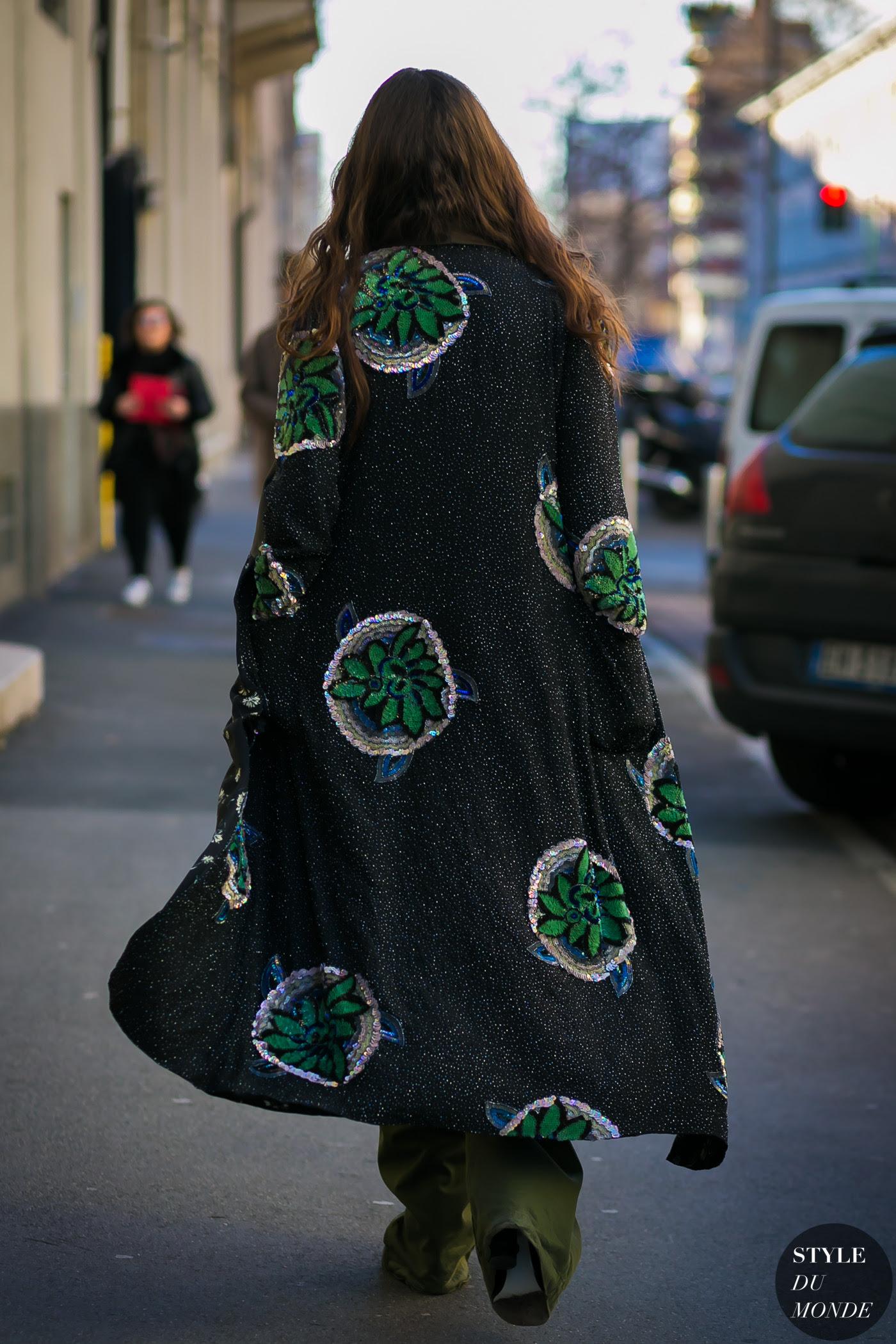 http://www.styledumonde.com/wp-content/uploads/2017/01/Erika-Boldrin-by-STYLEDUMONDE-Street-Style-Fashion-Photography0E2A4925-700x1050@2x.jpg
