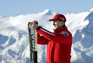 REMEMBER | Patru ani de la accidentul de schi al lui Michael Schumacher în 20 de cadre. Accidentul, operaţiile, concluziile poliţiei, lupta familiei, viaţa departe de ochii tatălui şi recordul din 2017